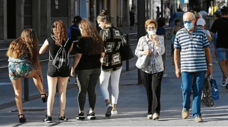 El perfil del contagiado se rejuvenece en Tarragona