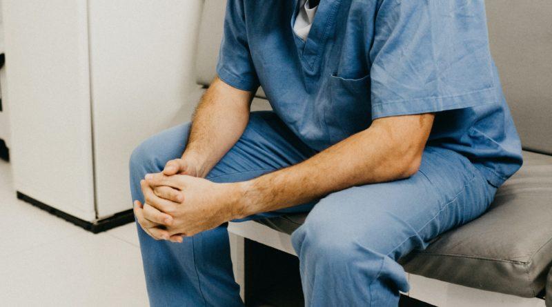 COVID-19 | Los rebrotes desbordan de nuevo los centros de salud sin saber cómo contenerlos
