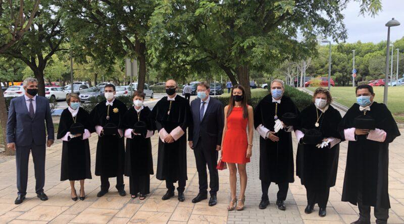 El alcalde de Elche asiste a la apertura del nuevo curso académico de las Universidades Valencianas