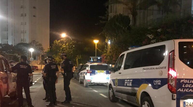 La Policía Local de Alicante impone 42 denuncias, disuelve 9 botellones, actúa en 13 fiestas
