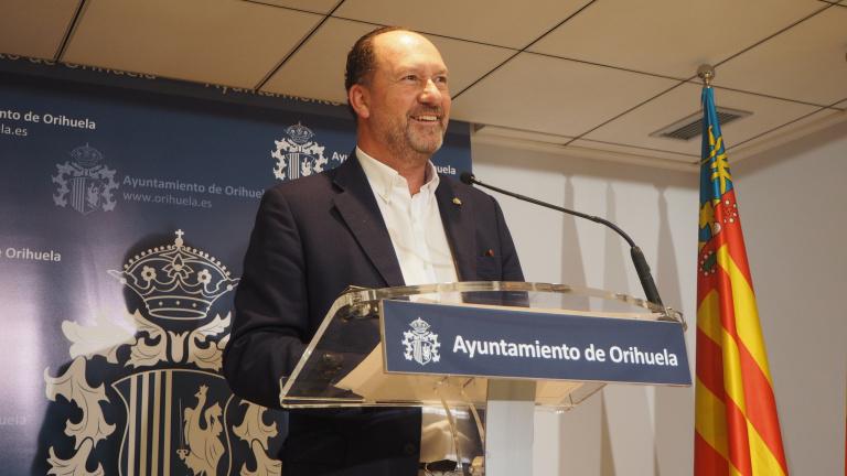 El Ayuntamiento de Orihuela celebra el anuncio de que el Aeropuerto Alicante-Elche lleve el nombre de Miguel Hernández