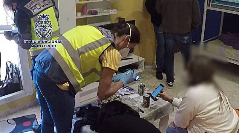 La Policía Nacional libera a cuatro mujeres explotadas sexualmente en Lleida