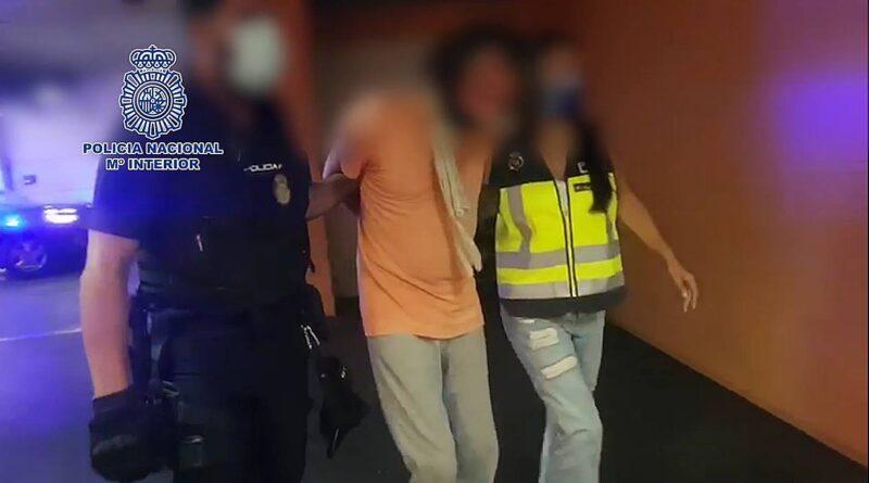 La Policía Nacional detiene en Alicante a un fugitivo buscado en Dinamarca por agredir sexualmente a su hija menor de edad