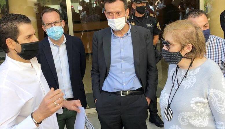 """Carlos González, alcalde de Elche: """"Sin proteger la salud de los ciudadanos no puede haber desarrollo socioeconómico"""""""