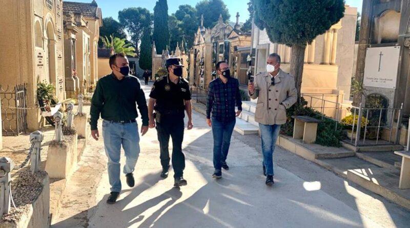 Los cementerios de Elche son vigilados con drones en el Puente de Todos los Santos