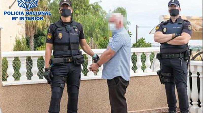Detenido un conocido criminal irlandés que lideraba un grupo dedicado al envío postal de marihuana y medicamentos hipnóticos a Reino Unido e Irlanda