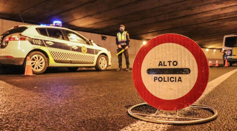 La Policía de Alicante  impone 24 denuncias por incumplir el estado de alarma y disuelve seis fiestas en viviendas para hacer frente al Covid