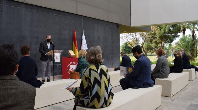 Celebración del Día de la Constitución en la Universidad Miguel Hernández  de Elche
