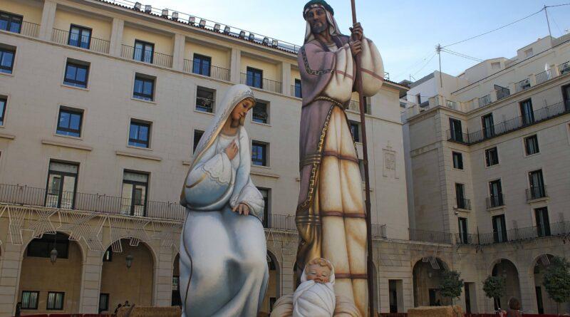 """""""Sagrada Familia"""" de Alicante. Foto de Paco Ciclón"""