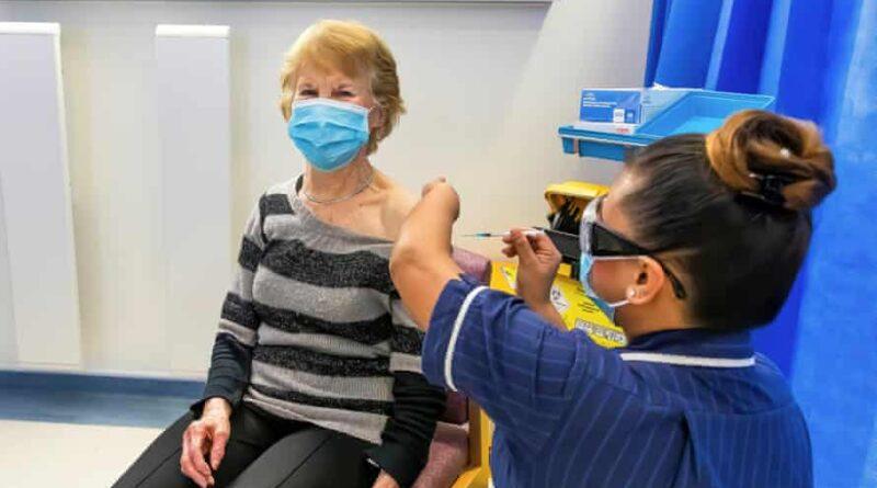La segunda dosis de la vacuna antiCOVID comenzará a aplicarse en las residencias de Elche a partir de la próxima semana