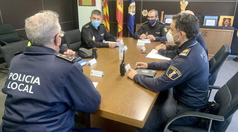 La Policía Nacional prepara sus dispositivos especiales para el establecimiento de los cierres perimetrales en la provincia de Alicante que entrarán en vigor el próximo fin de semana