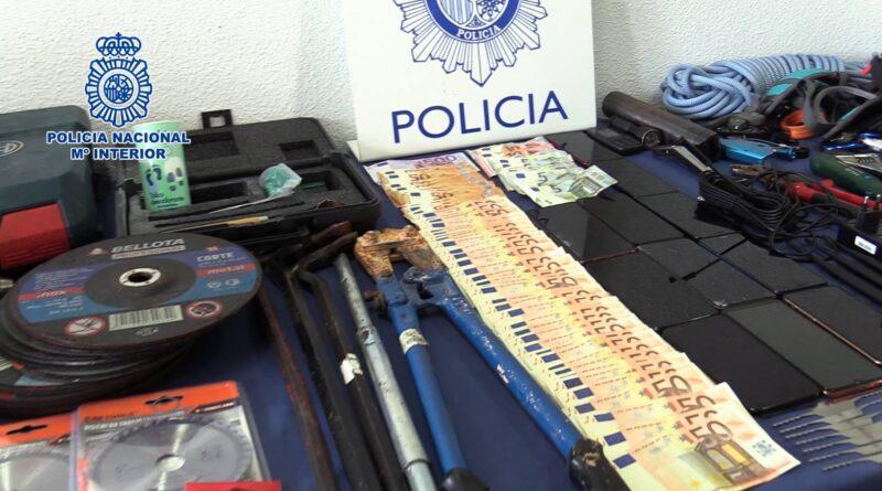 La Policía Nacional desarticula un grupo criminal itinerante dedicado a la comisión de robos con fuerza