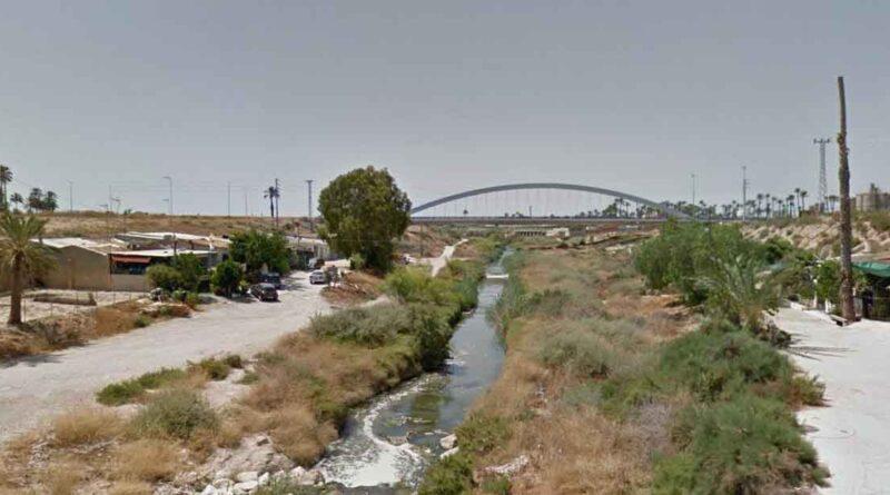 El Ayuntamiento de Elche y Conselleria de Medio Ambiente trabajan para la obtención de fondos para la regeneración del Río Vinalopó